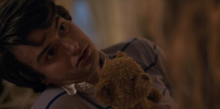 steve-teddy-bear-stranger-things